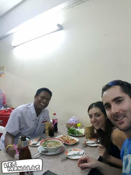 lesmanalas_couchsurfing_bangkok