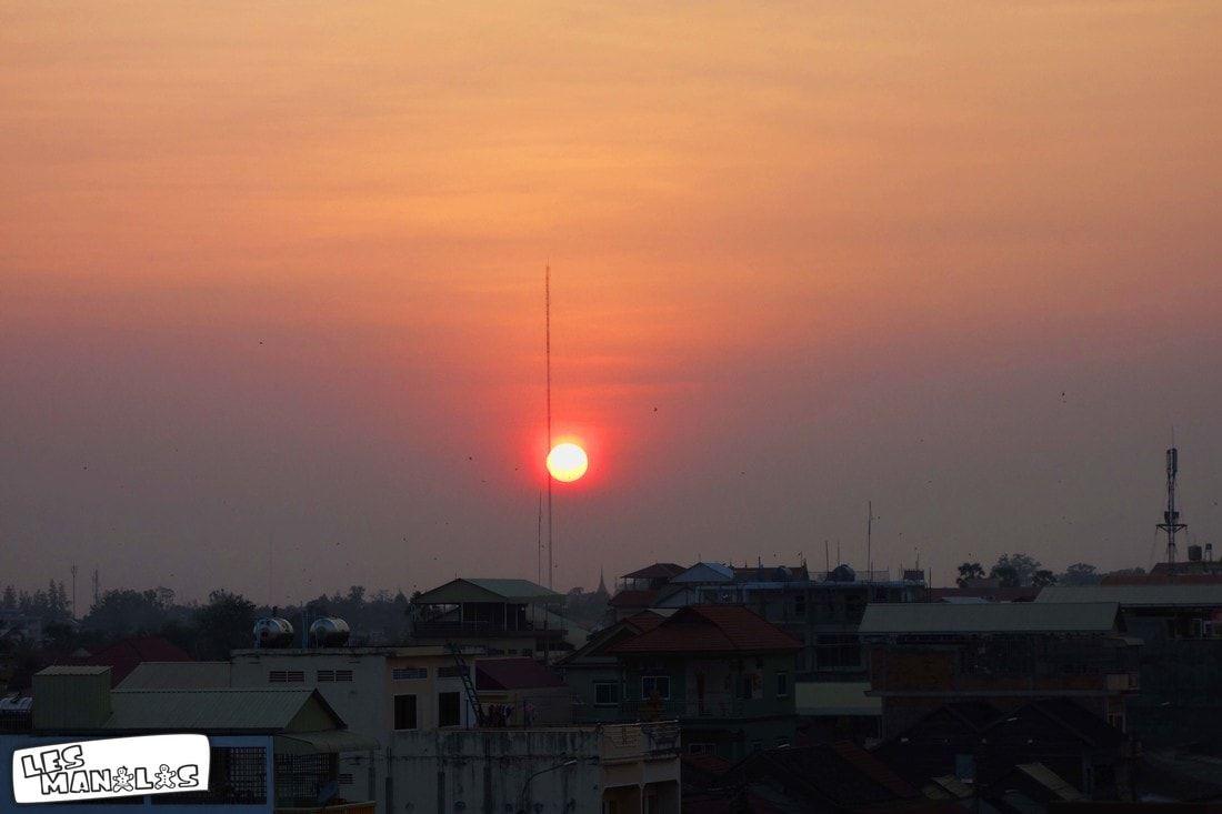 lesmanalas-cambodge-couchedesoleil_orig