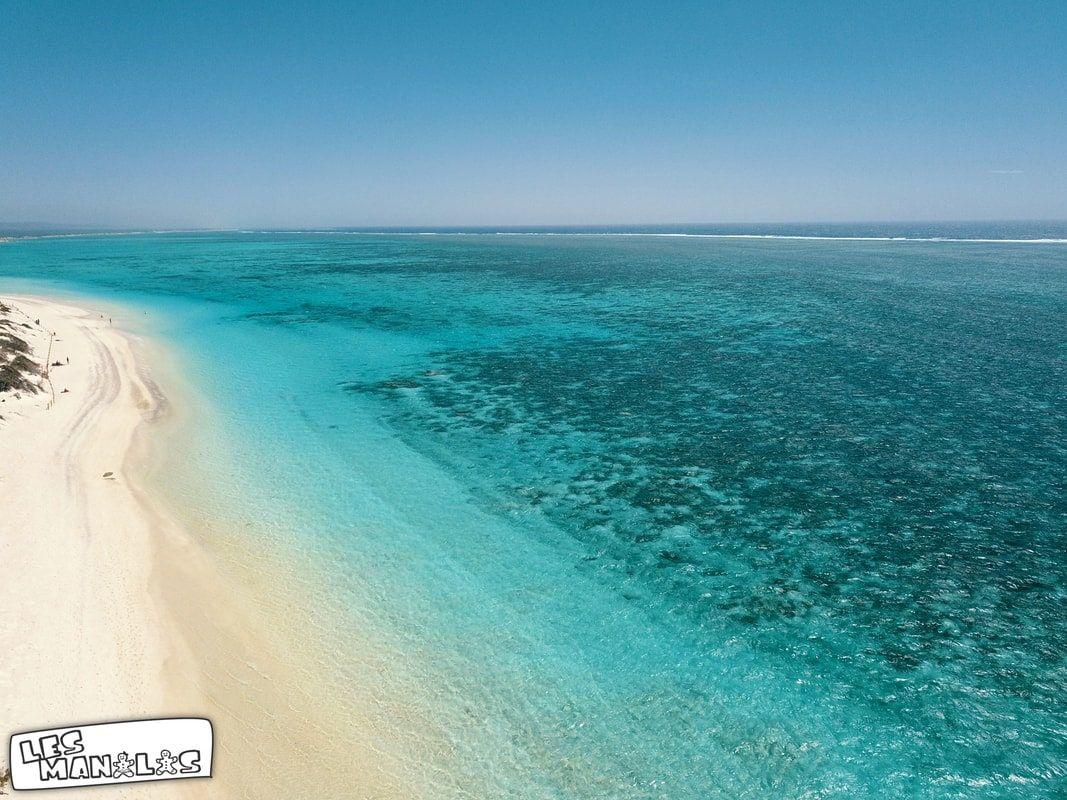 lesmanalas_drone_turquoise_bay