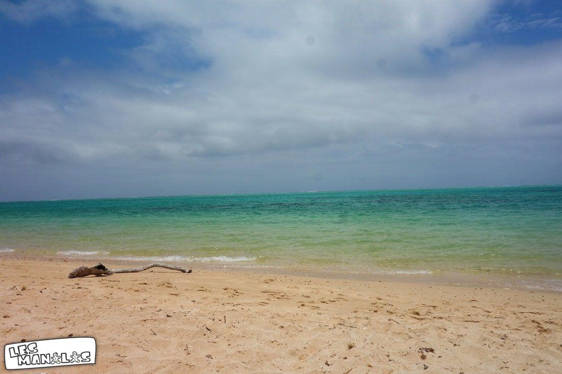 lesmanalas_lakeside_beach