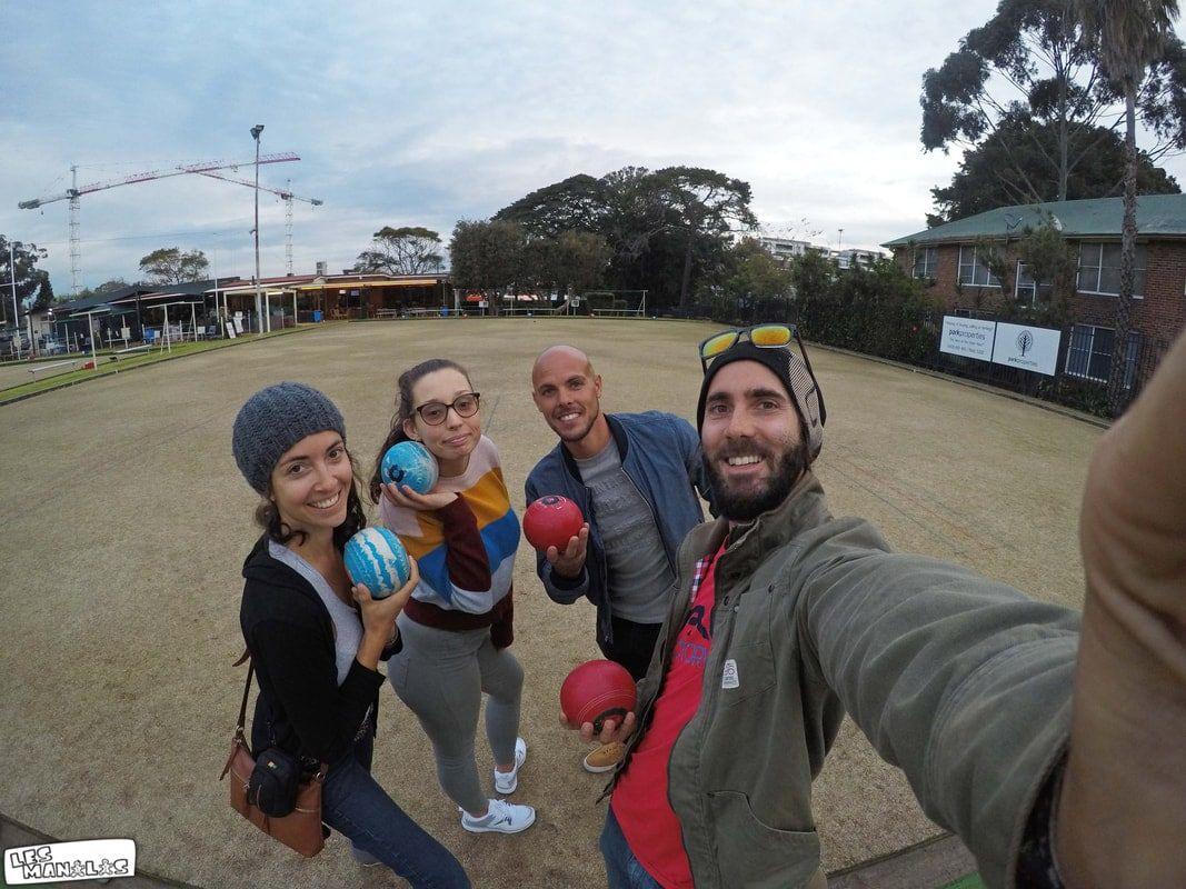En pleine partie de bowling australien