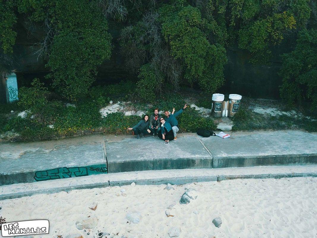 Avec les copains sur la plage de Bondi Beach