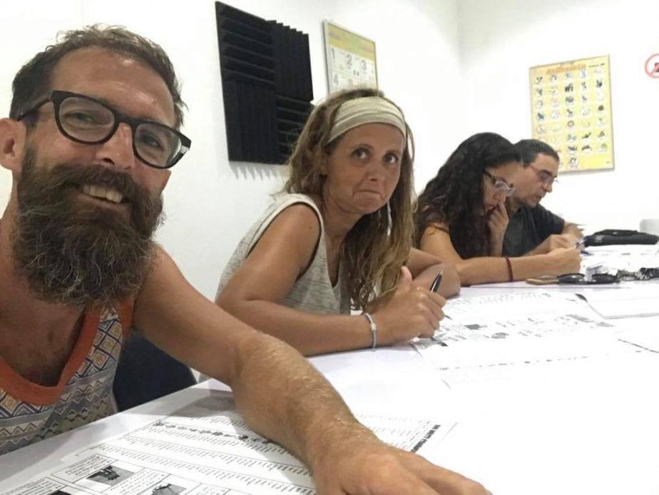 Lucie et Mathieu en plein cours d'anglais