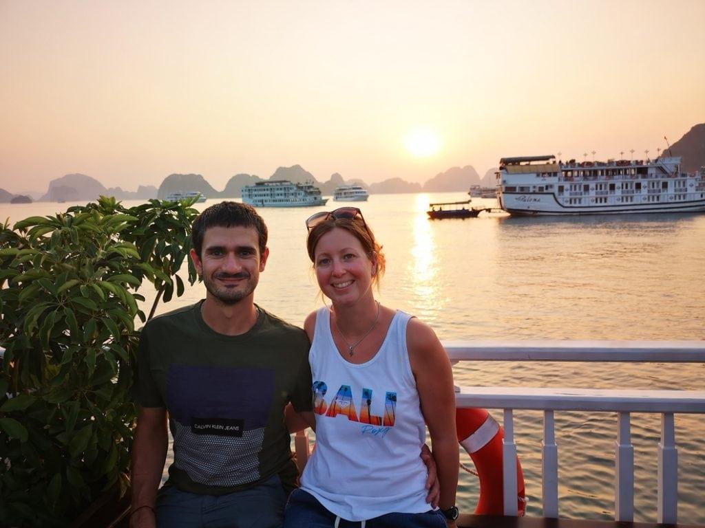 Mathieu et Laura en visite de la Baie d'Ha Long