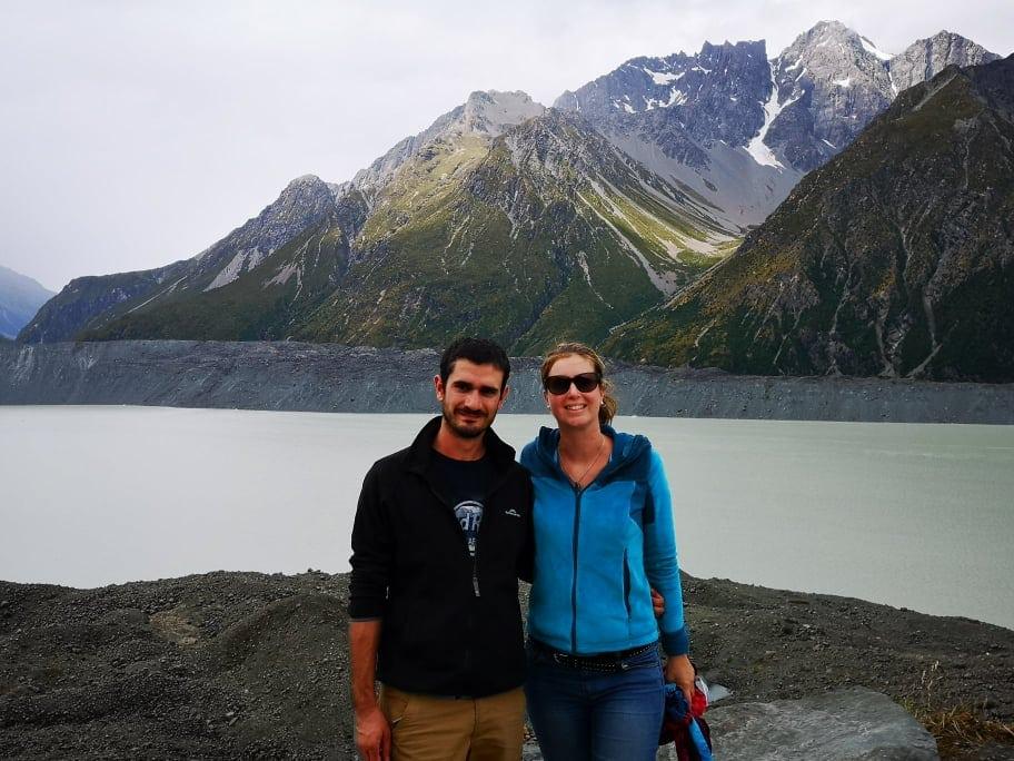 Mathieu et Laura vers le Mont Cook, Nouvelle Zélande